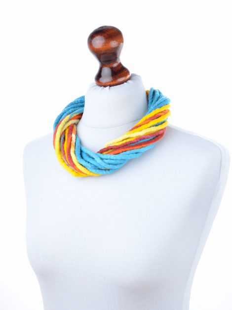 Cheer wool necklace