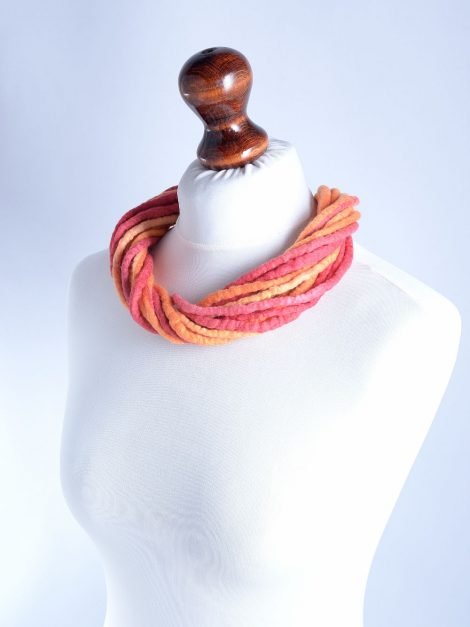 Felt rope necklace in red and orange