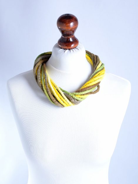 Wool rope necklace in yellow and brown