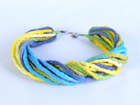 Felt rope necklace