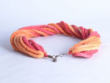 Modern rope necklace in red and orange