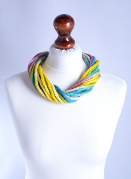 Pastel multicolor twist necklace
