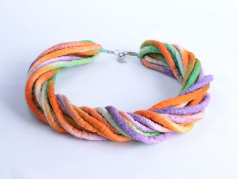 Rope necklace in pastel colors