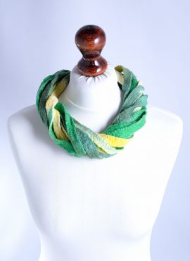 Stylish and natural green felted necklace