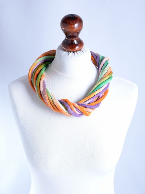 Twist necklace in pastel colors