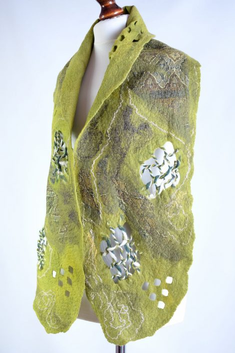 Airy green scarf