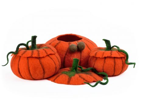 Felted pumpkin bowls with covers