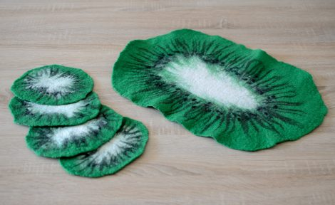 Large felt coasters in green