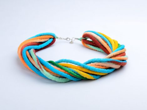 Statement necklace made of ropes