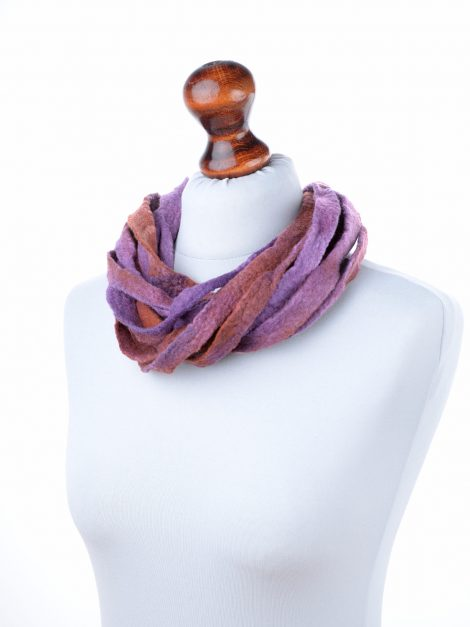 Tribal necklace in purple and brown