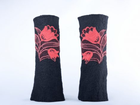 Black mittens with red lace pattern
