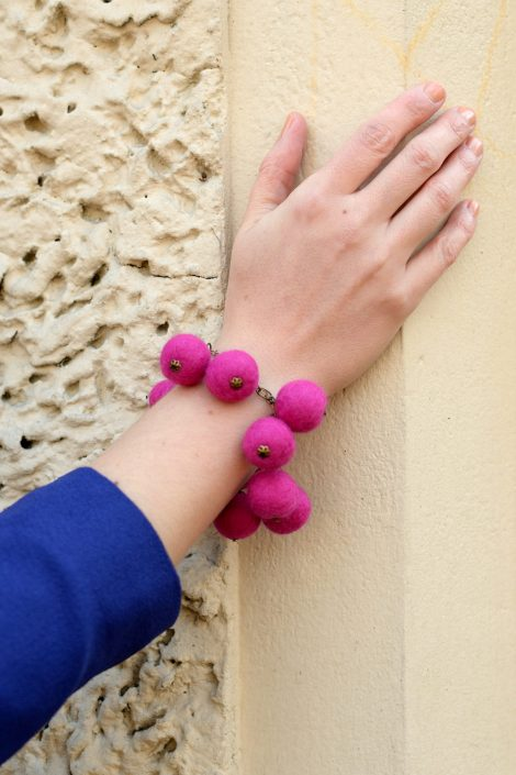 Adjustable felt ball bracelet