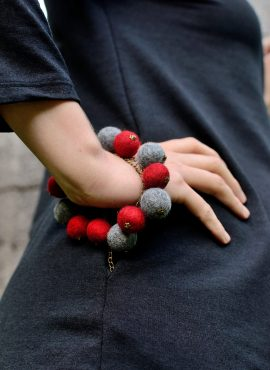 Felted ball bracelet with adjustable chain