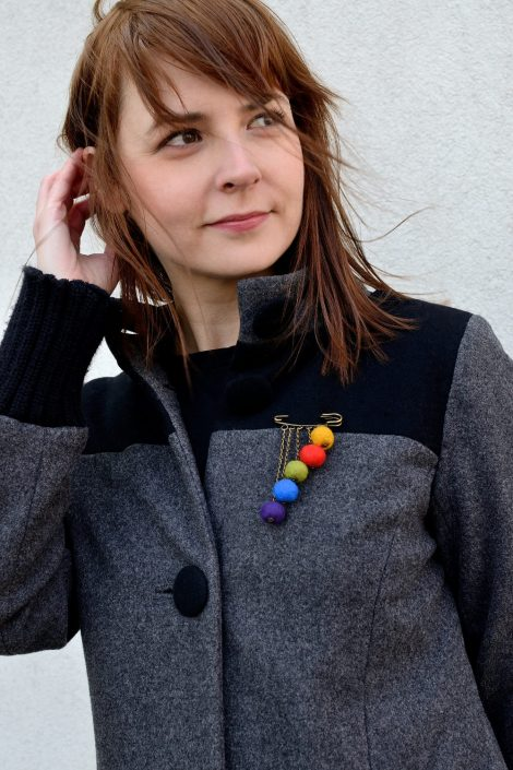 Retro felt brooch with vintage safety pin