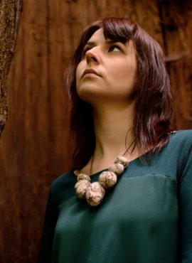 Felt stone necklace in brown and beige