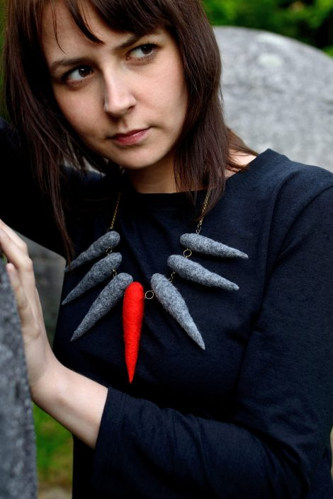 Wool spike necklace