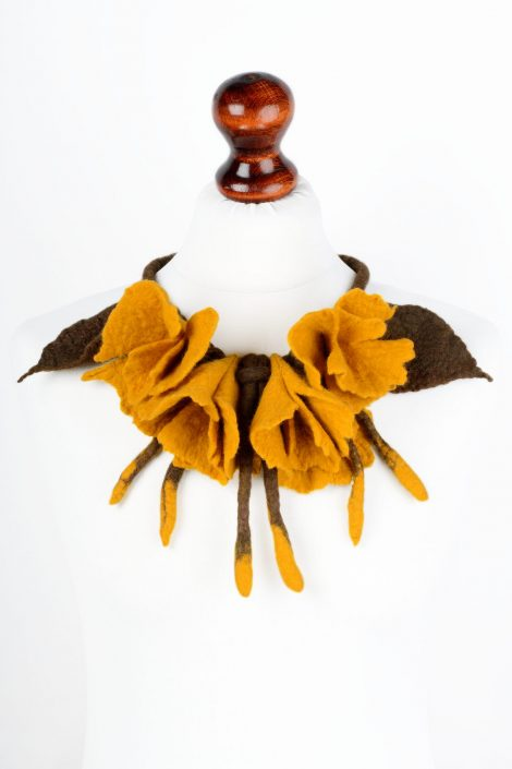 Felt flower necklace in yellow and brown