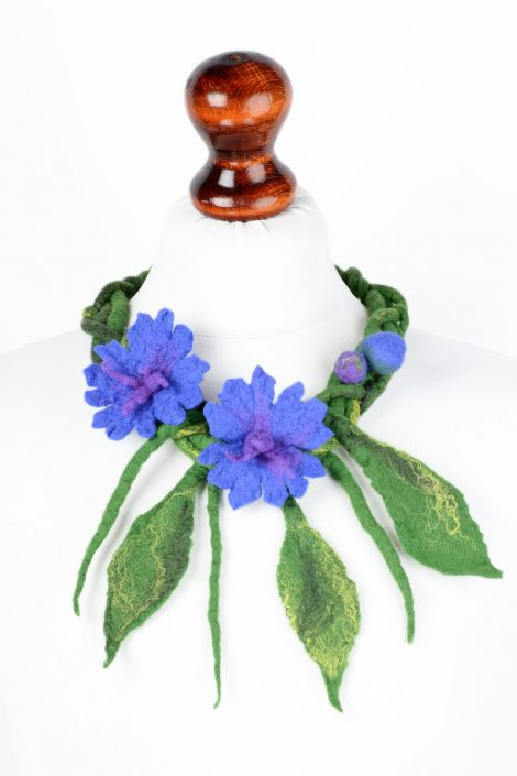 Felt necklace with blue flowers