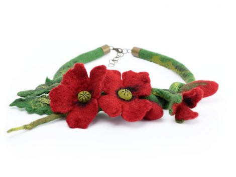 Felt poppy necklace