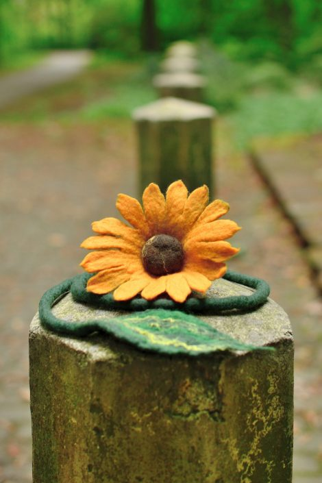 Felted sunflower jewelry