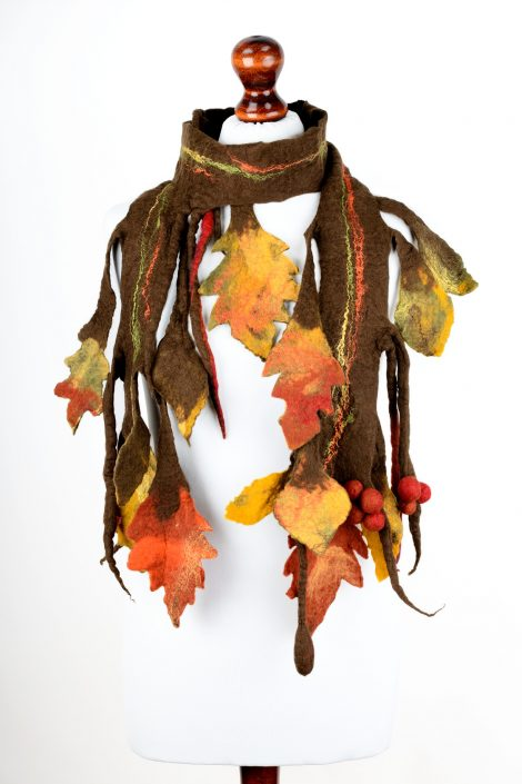 Autumn scarf with leaves