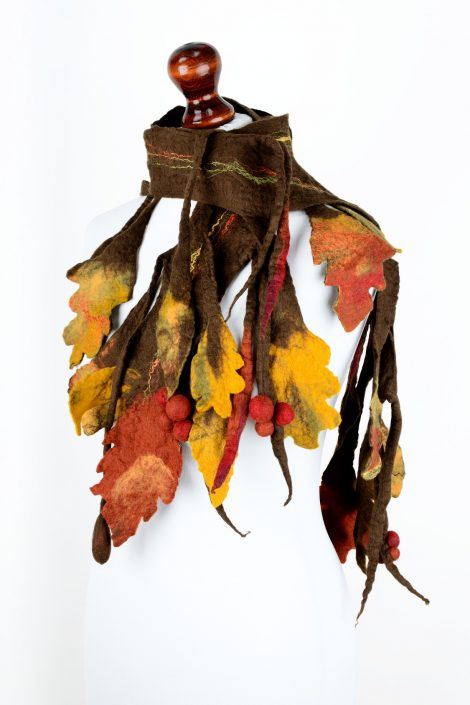 Felt autumn scarf