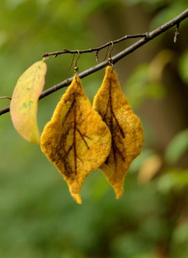 Felted leaf earrings for autumn