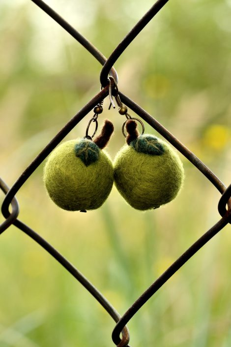 Green apple earrings in kawaii style
