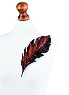 Black feather brooch in gothic style