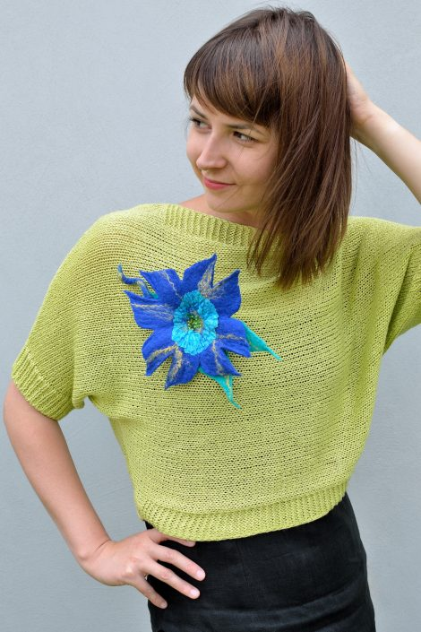 Blue felt brooch for women who love exotic jewellery