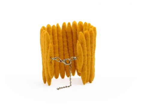 Ladder cuff in yellow