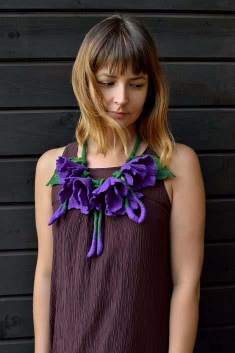 Large purple flower necklace in romantic style