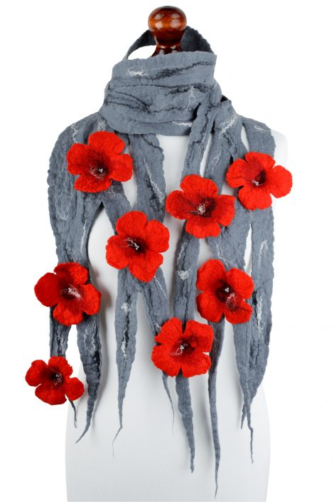 Gray felt scarf with romantic flowers