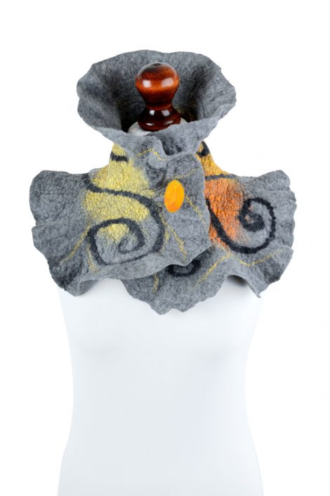 Nuno felt collar for women in gray and yellow