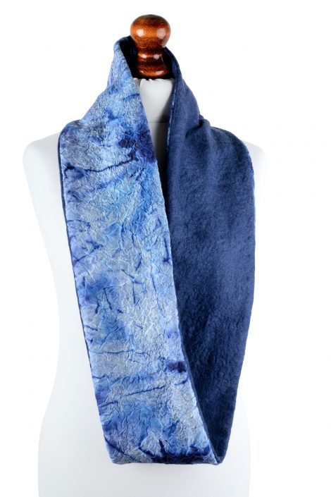 Blue mobius scarf with marble look and merino wool lining